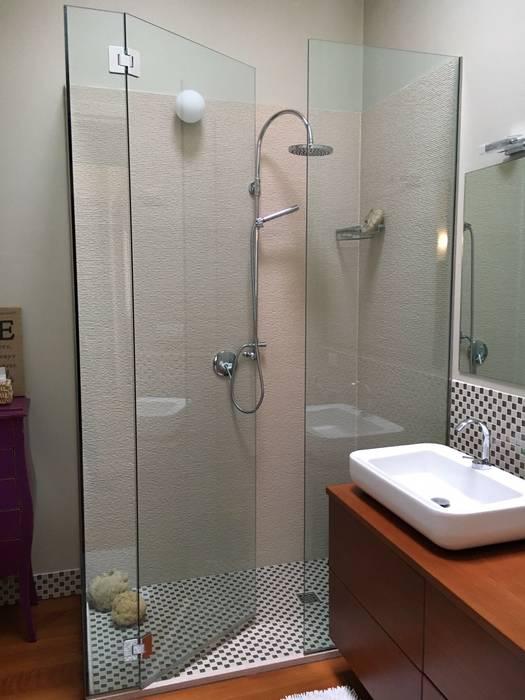 Modern style bathrooms by bilune studio Modern