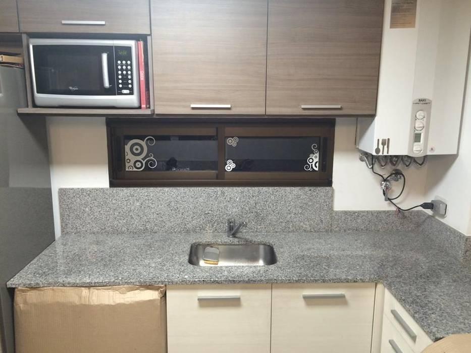 Modern kitchen by NovArq Modern