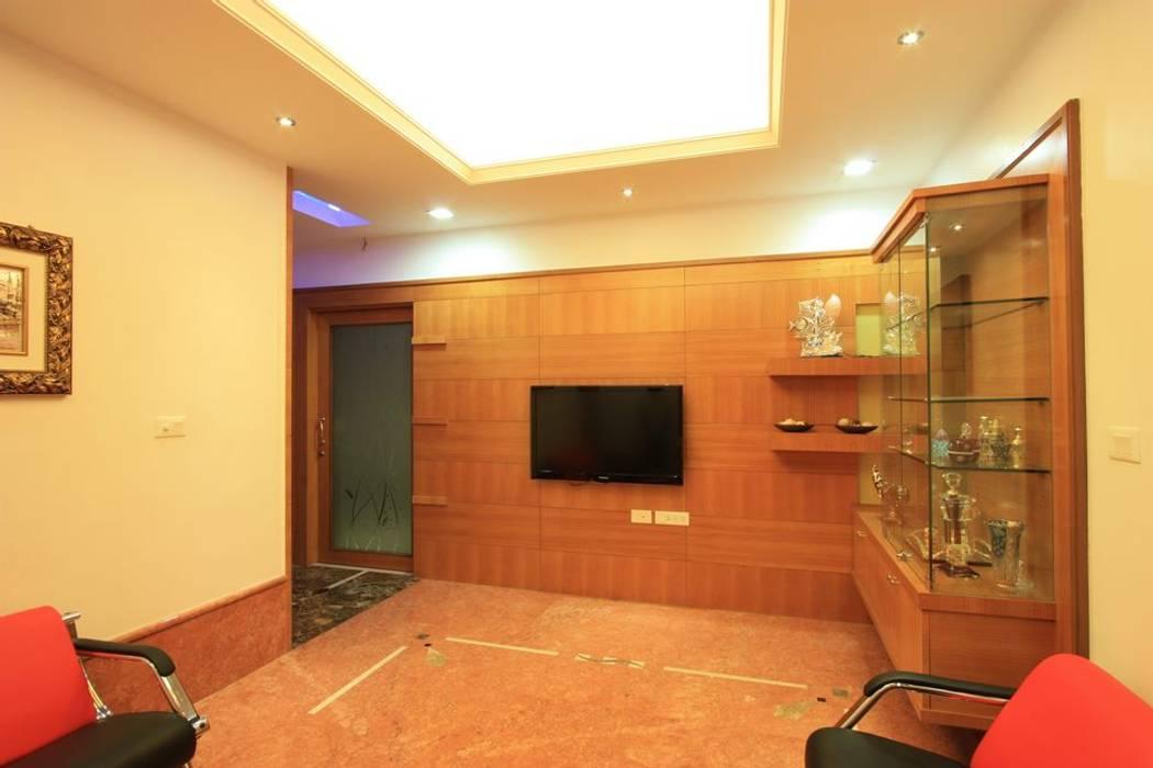 Master bedroom:  Bedroom by Ansari Architects