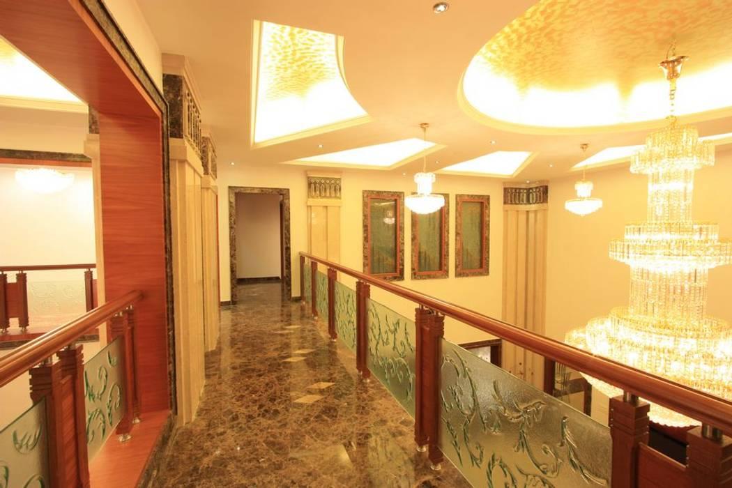 passage:  Corridor & hallway by Ansari Architects