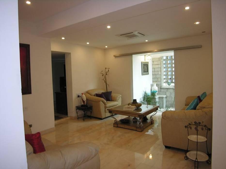 Family room Modern living room by Ansari Architects Modern