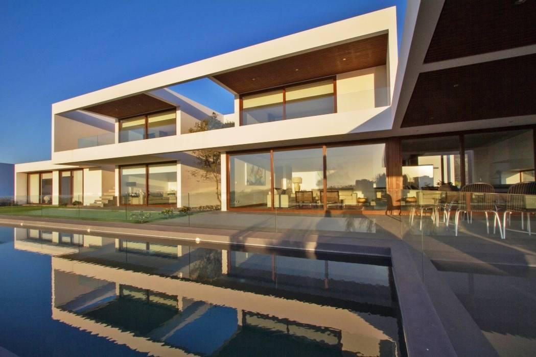 Дома в . Автор – G4 Arquitectos Asociados, Модерн