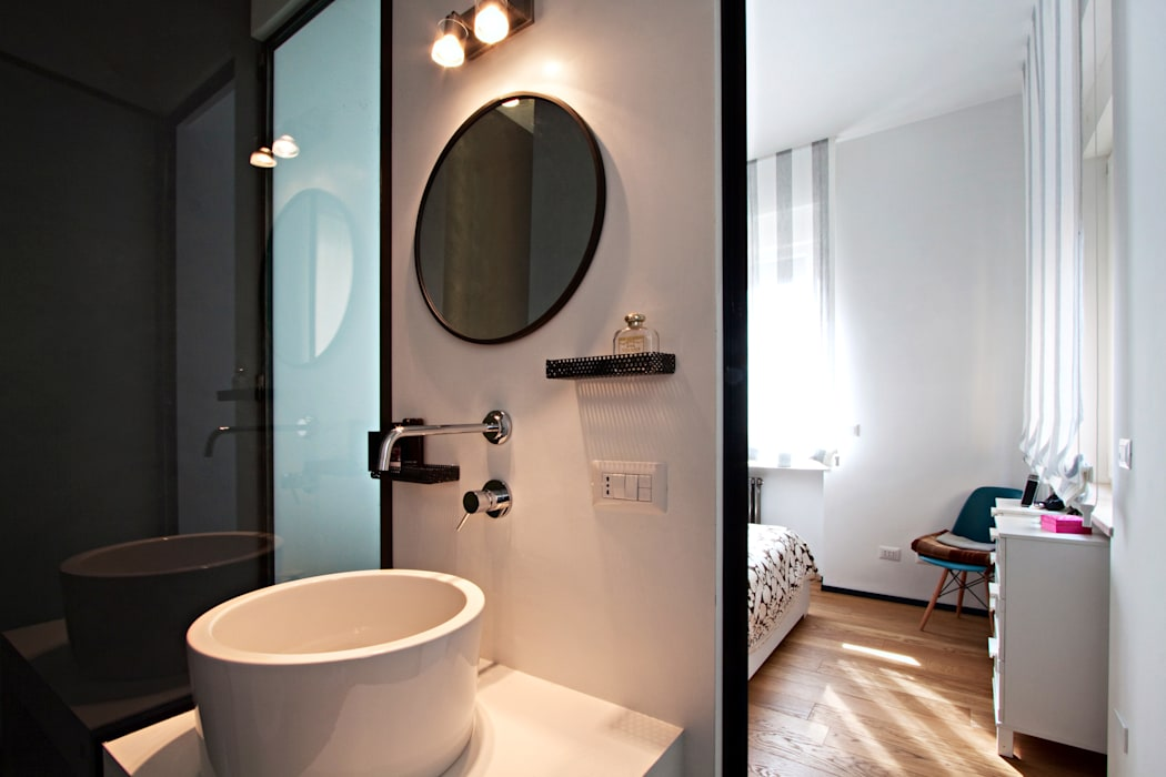 Industrial style bathroom by Anomia Studio Industrial