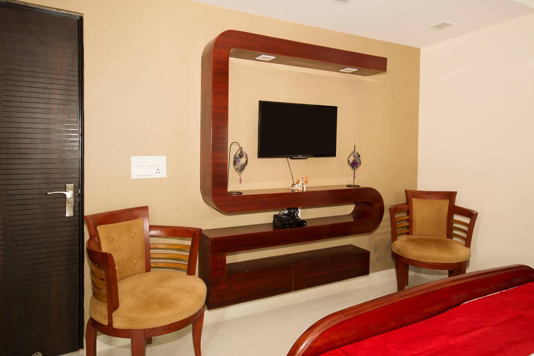 TV unit Minimalist bedroom by IMAGIC INTERIORS Minimalist Plywood