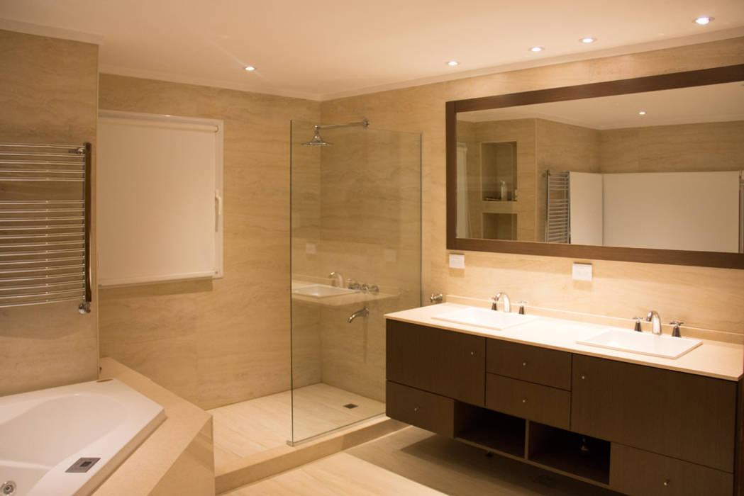 Casa DDC: Baños de estilo  por Zaccanti & Monti arquitectos ,