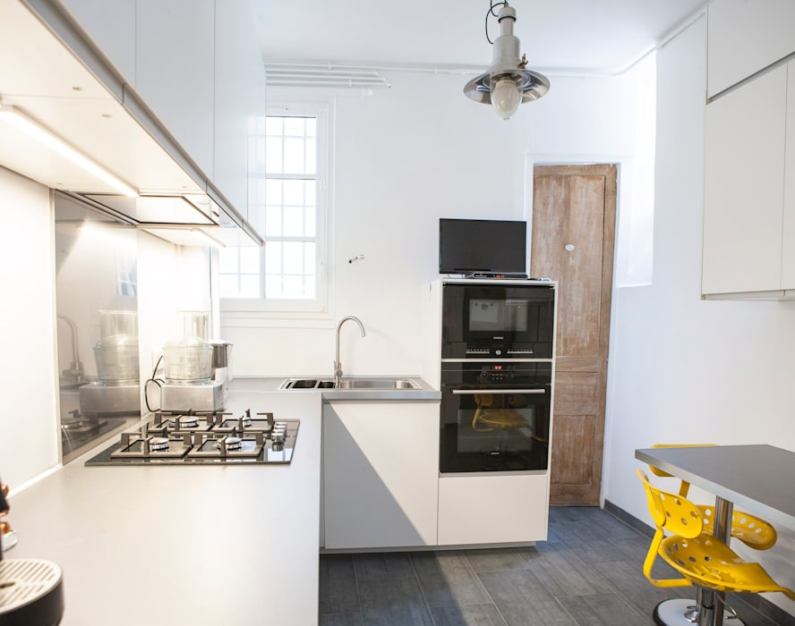 Nouvelle cuisine - Vue d'ensemble 02: Cuisine de style  par Olivier Olindo Architecte