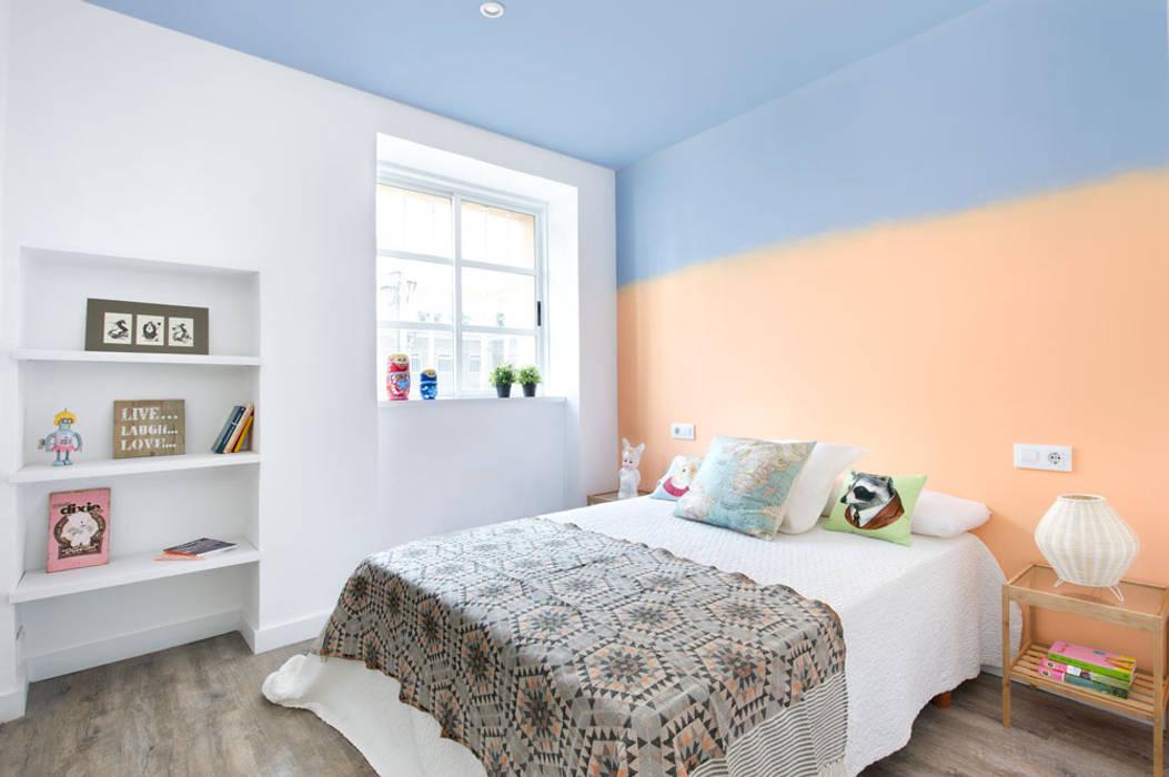 Modern Bedroom by Egue y Seta Modern