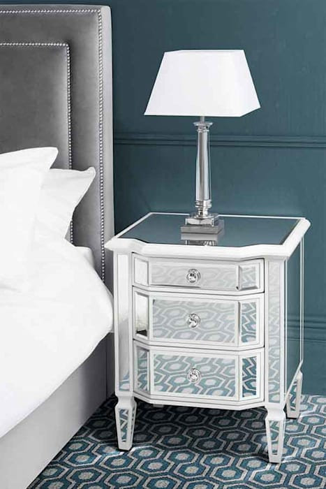 Leonore Bedside Table homify BedroomBedside tables