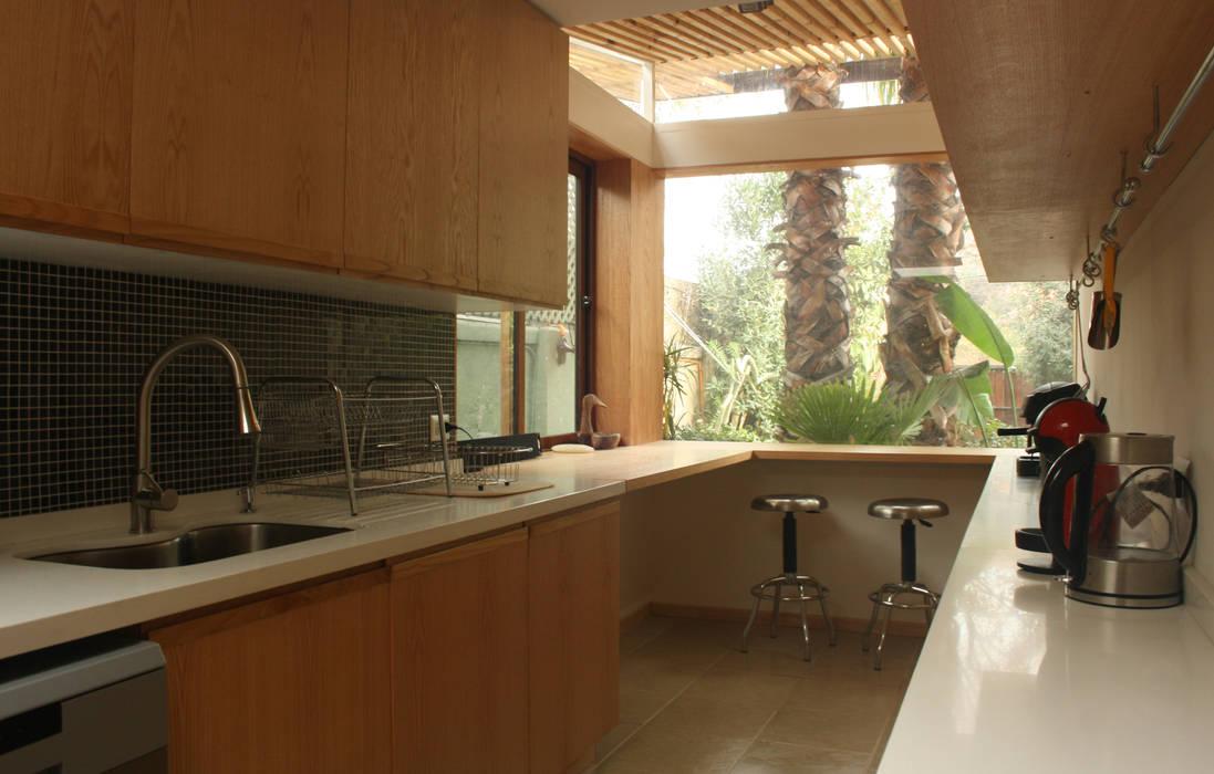 PARQ Arquitectura Modern Kitchen
