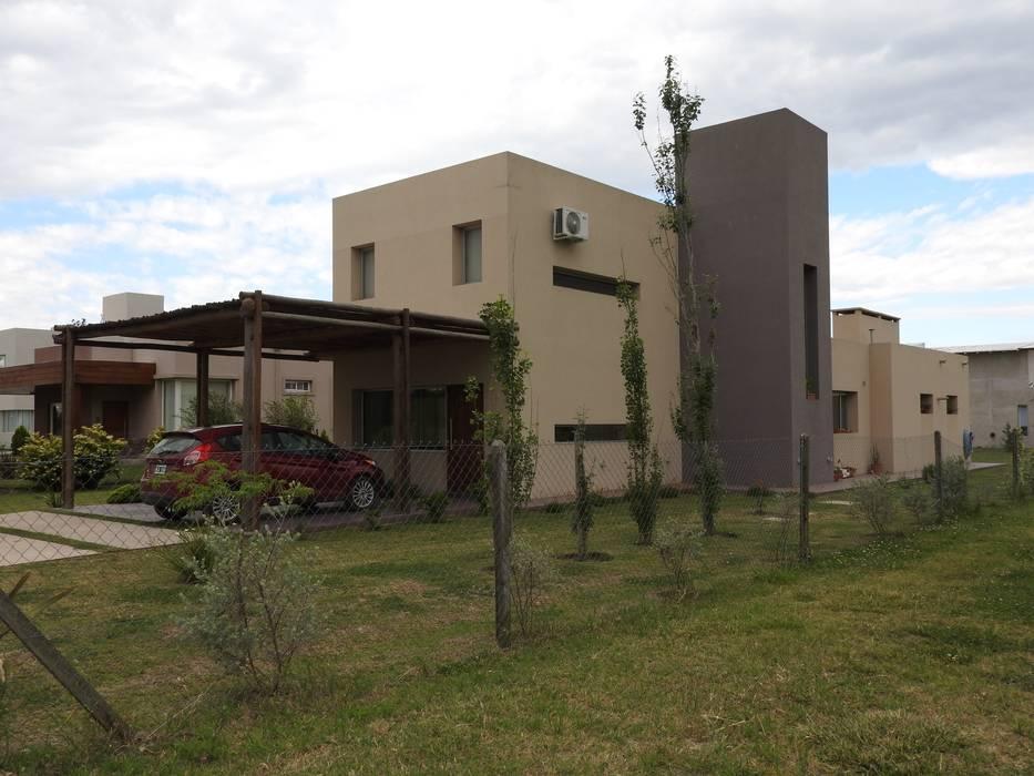 Houses by Erb Santiago
