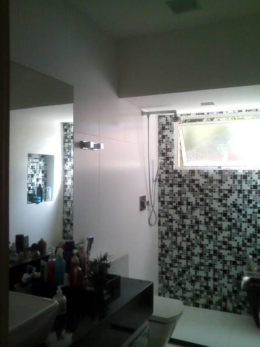 banheiro suíte 02 Banheiros modernos por Margareth Salles Moderno