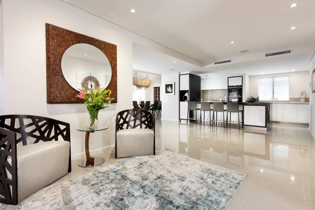 Entry to Kitchen/Dining/Living de Moda Interiors