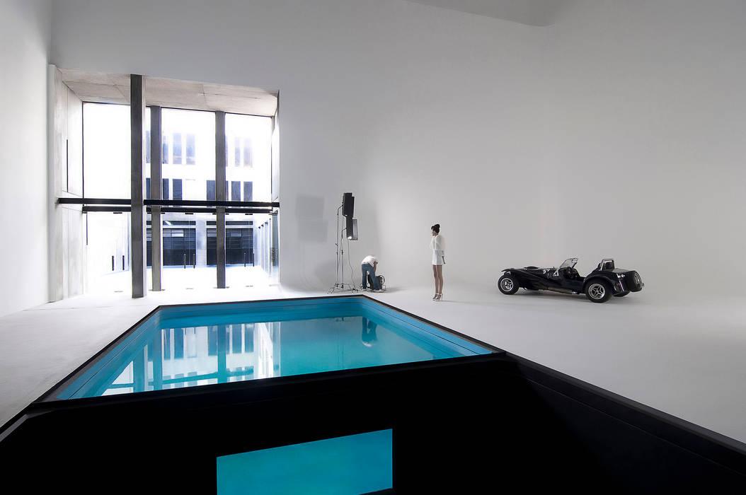 書房/辦公室 by Ramiro Zubeldia Arquitecto, 現代風
