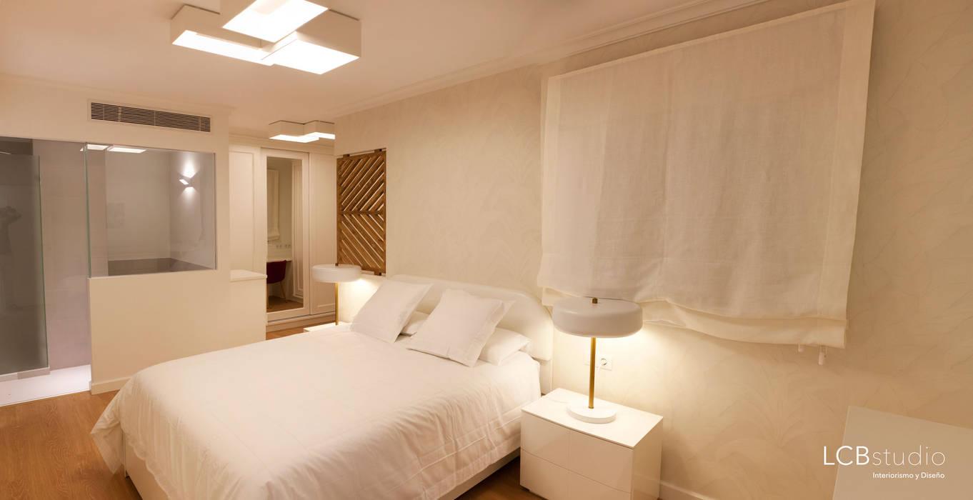 Спальня в стиле модерн от LCB studio Модерн