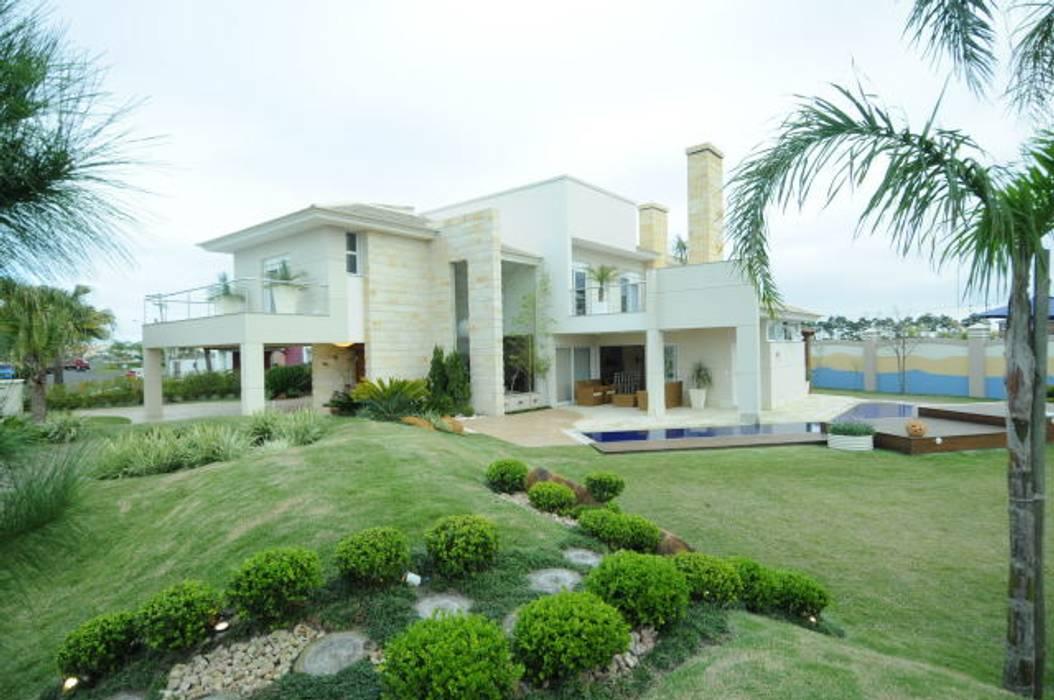 Casa Atlântida Ilhas Park: Casas  por João Linck   Arquitetura