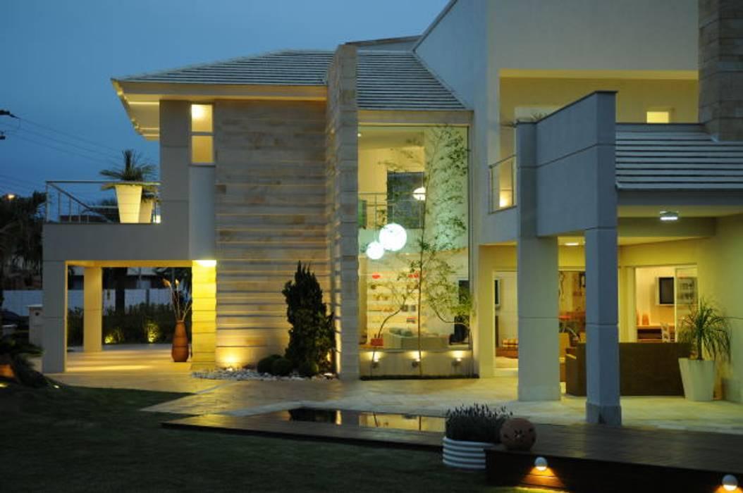 Casas de estilo  por João Linck | Arquitetura,