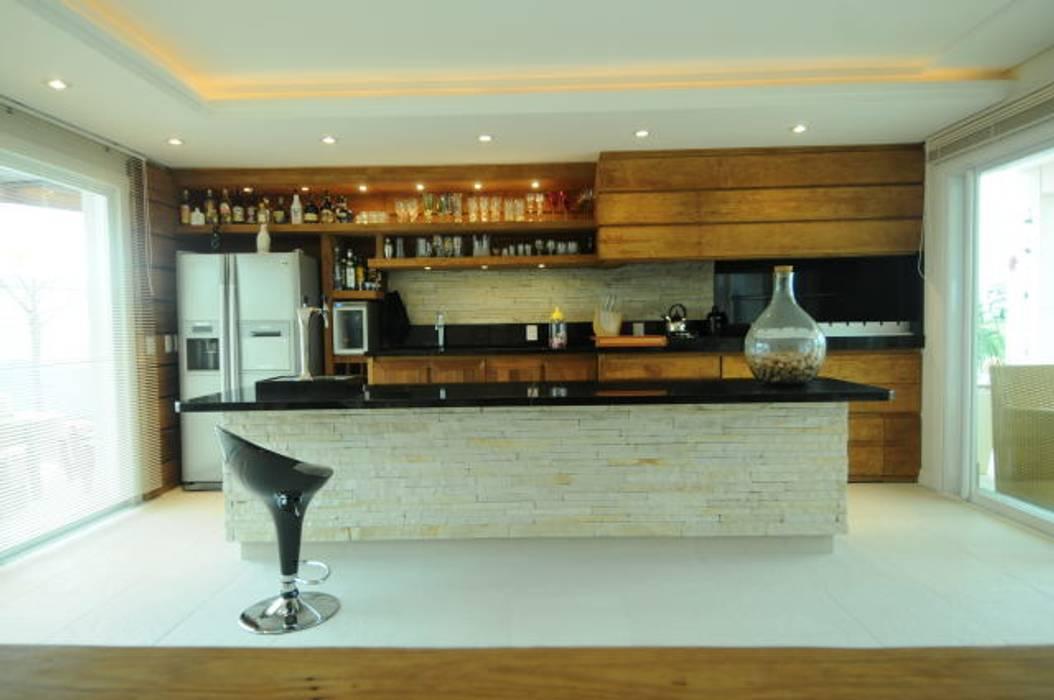 Phòng ăn phong cách hiện đại bởi João Linck | Arquitetura Hiện đại