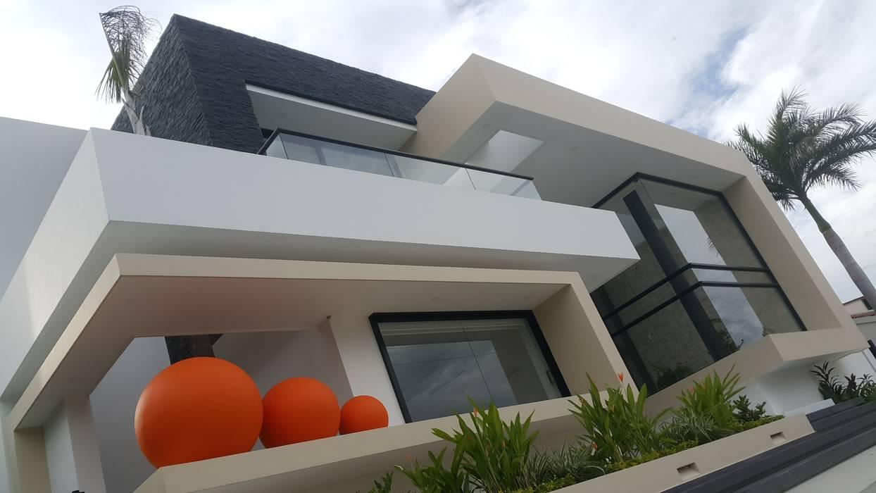 Perspectiva fachada principal Casas modernas de homify Moderno Concreto