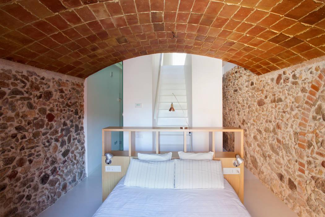 Dormitorio Dormitorios de estilo minimalista de CABRÉ I DÍAZ ARQUITECTES Minimalista