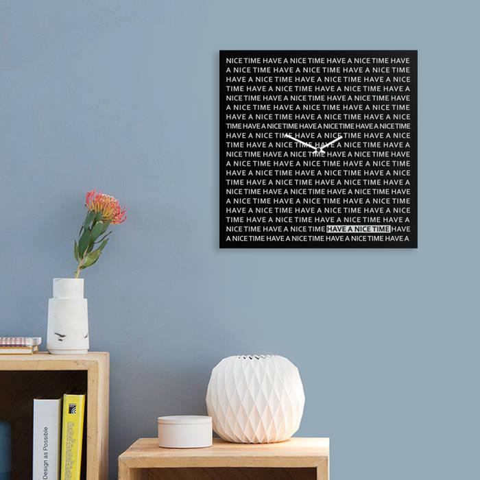 Nice Time Clock: Casa in stile  di dESIGNoBJECT.it
