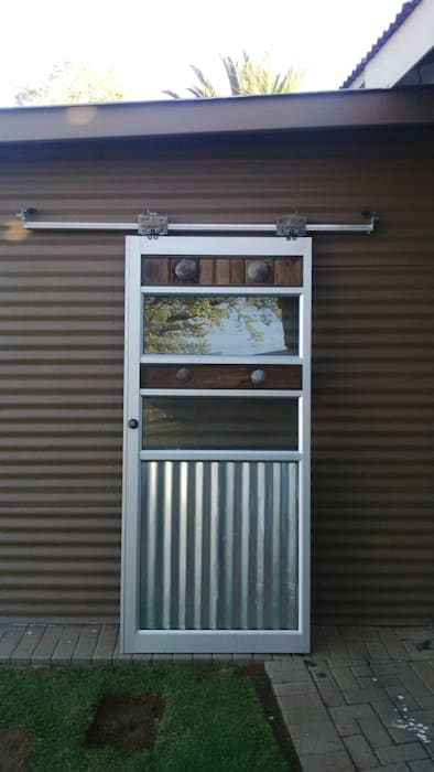 Our latest rustig contemporary barn sliders:  Windows by Tech Glass and Aluminium,