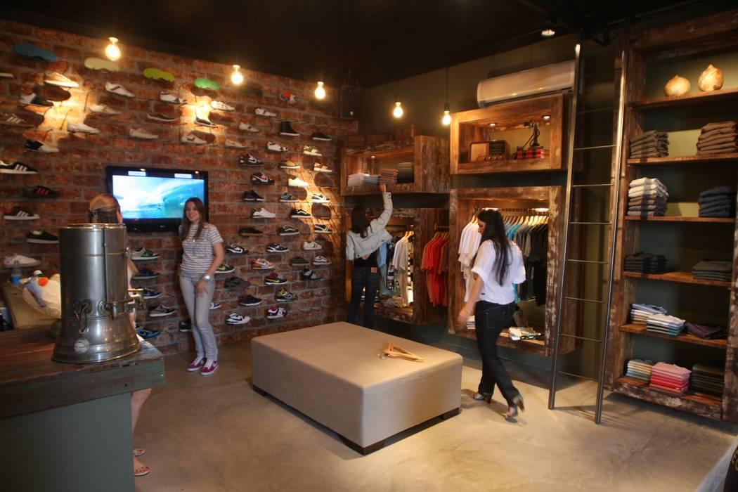 1bdb1c556 Loja Doff Roupas Masculinas  Paredes por paola consoni arquitetura e  designer de interior