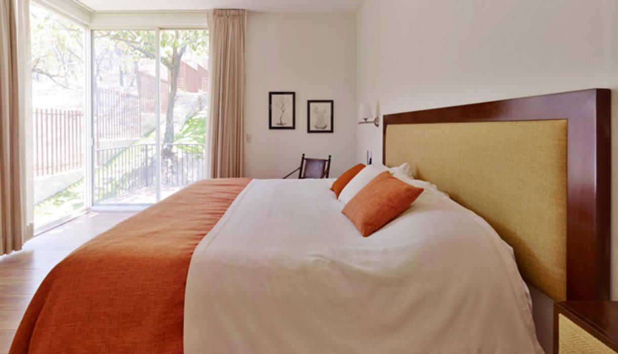 la recamara Dormitorios coloniales de Excelencia en Diseño Colonial Ladrillos