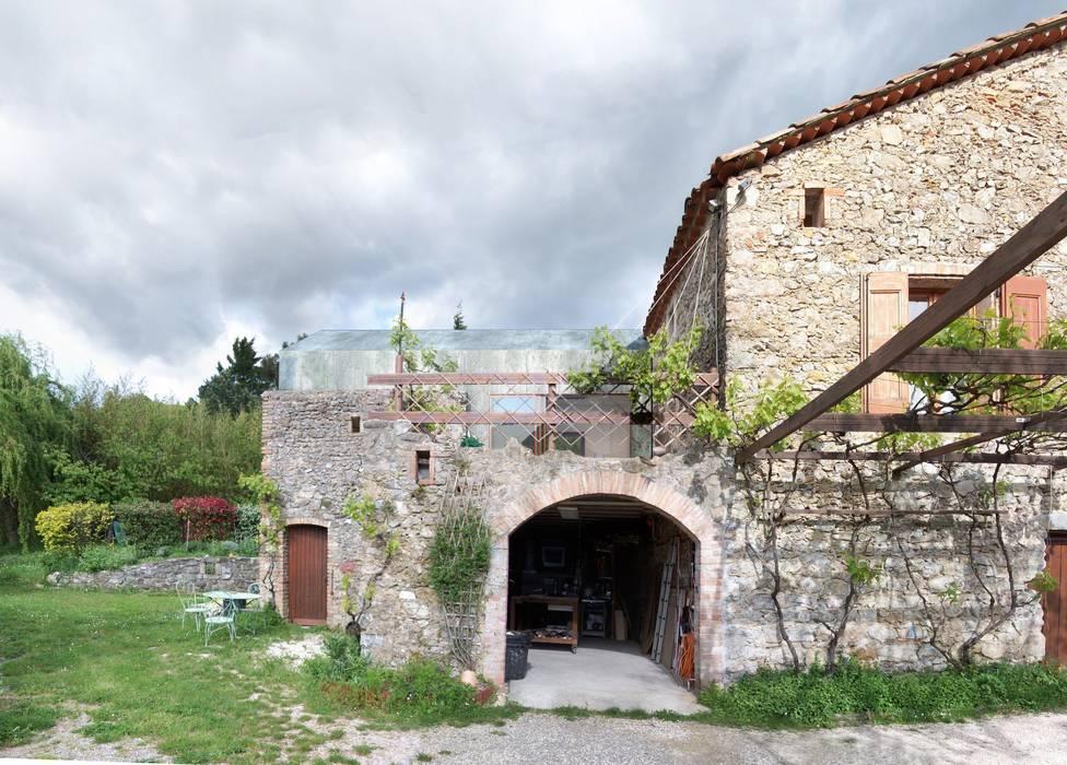 บ้านและที่อยู่อาศัย โดย Belle Ville Atelier d'Architecture, มินิมัล
