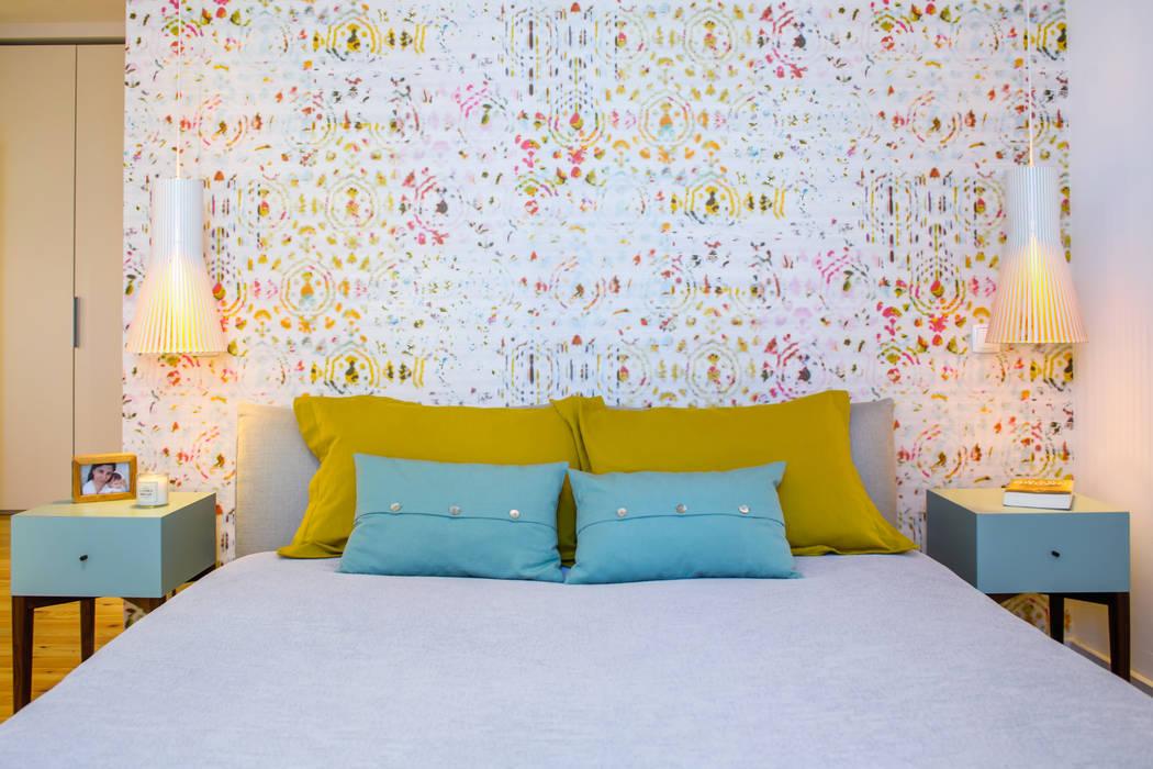 Dormitorios de estilo ecléctico de Espaço Mínimo Ecléctico