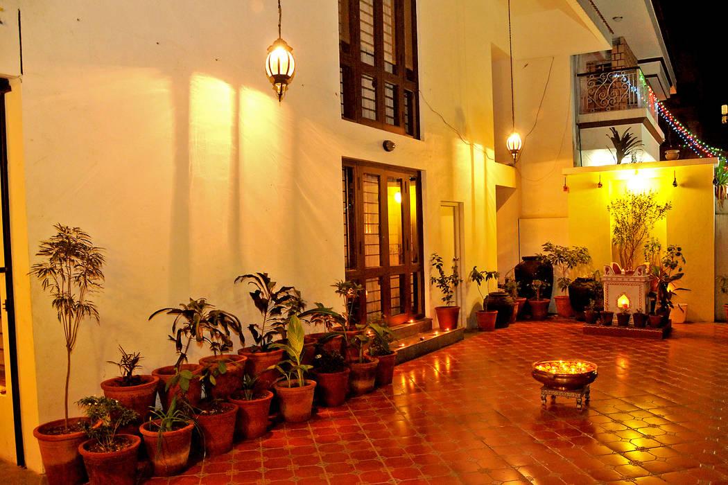 Dhiren Tharnani IMAGE N SHAPE Modern corridor, hallway & stairs