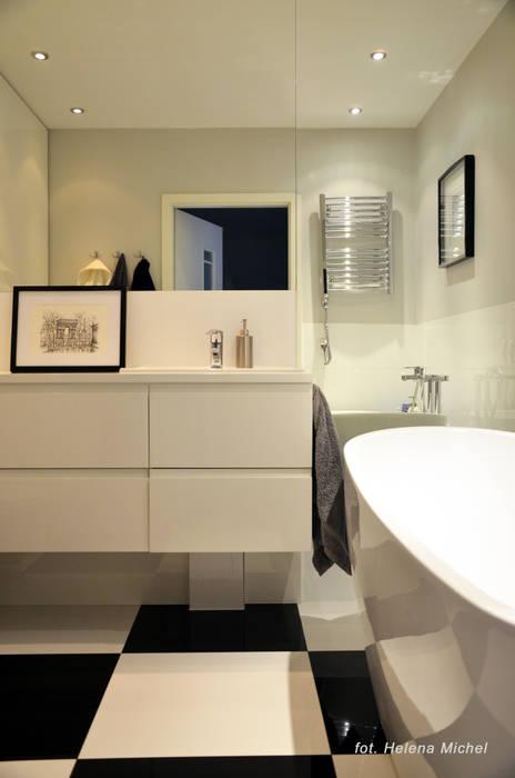 Baños de estilo moderno de Modify- Architektura Wnętrz Moderno