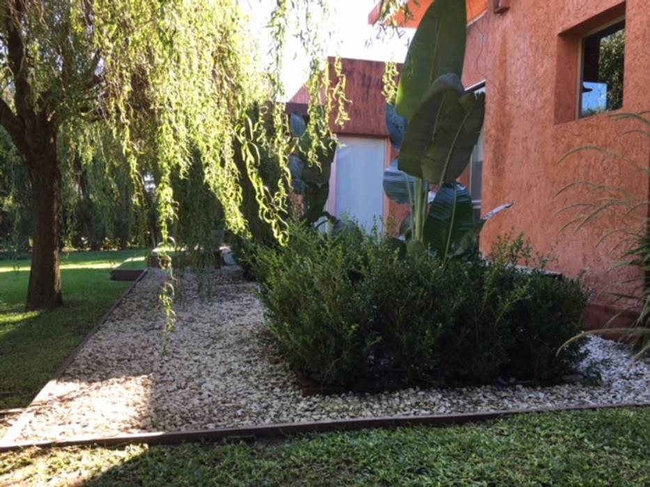 Garden by BAIRES GREEN,