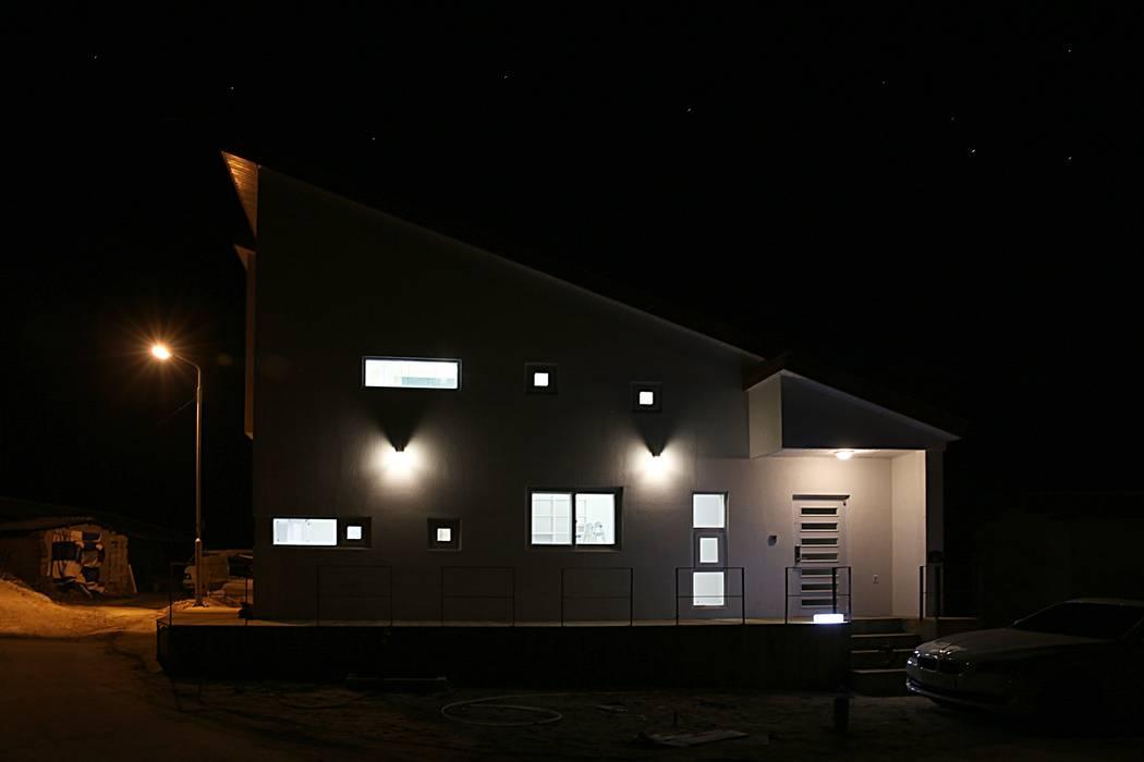 경북 군위 전원주택 협소주택 땅콩주택 모던스타일 주택 by inark [인아크 건축 설계 디자인] 모던 돌