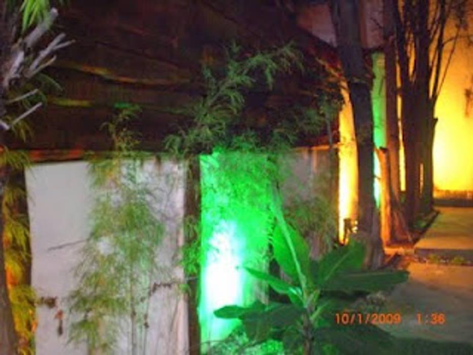 iluminación: Jardines de invierno de estilo  por AnnitaBunita.com, Rústico Madera Acabado en madera