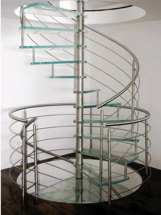 Escalier marches en verre: Couloir et hall d'entrée de style  par Passion Escaliers