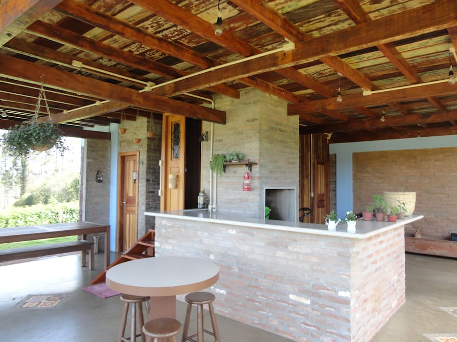 Patios & Decks by Zani.arquitetura, Rustic