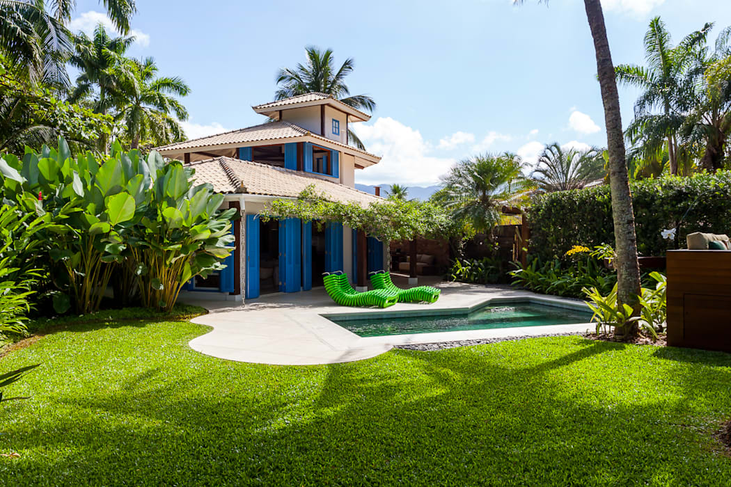 Casas de estilo  por RAC ARQUITETURA