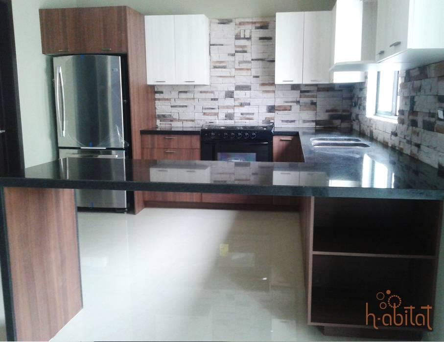 Cocina en Villas de Sayavedra H-abitat Diseño & Interiores Cocinas modernas Granito Multicolor