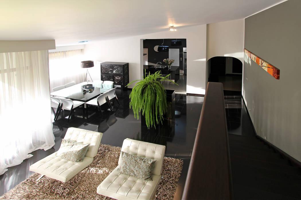 PH 525: Salas / recibidores de estilo  por Arq Renny Molina, Moderno
