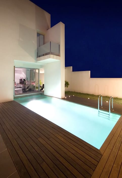 Pool by Ceres A+D, Minimalist Wood Wood effect