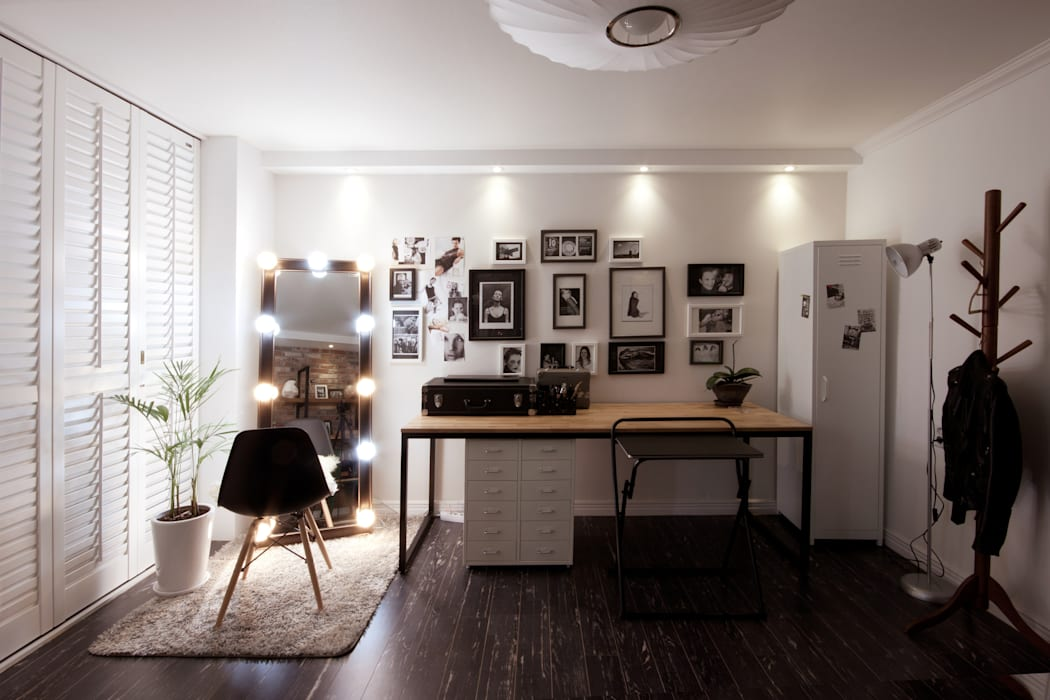소품이 돋보이는 집 인더스트리얼 거실 by 디자인투플라이 인더스트리얼