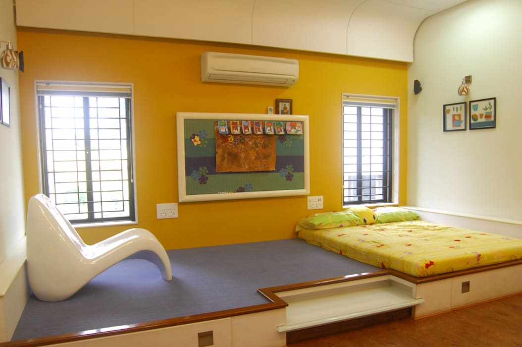 Chaitanya Vila:  Nursery/kid's room by Image N Shape,Modern Wood-Plastic Composite