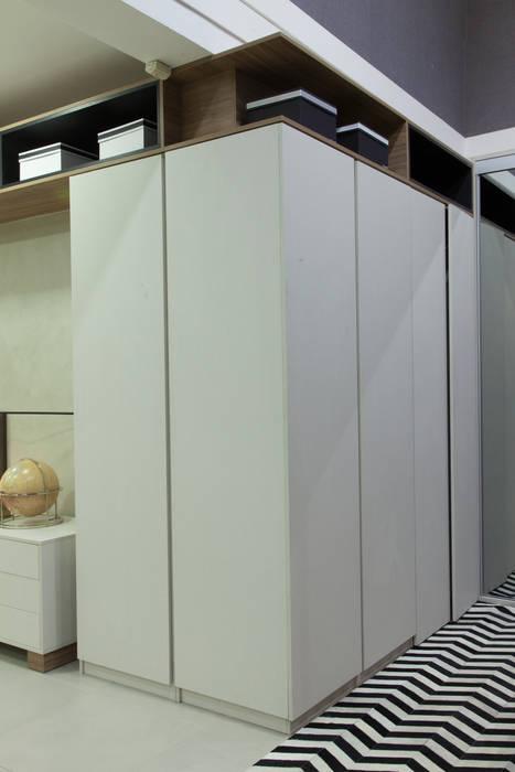 Armário: Cozinha  por Studio²