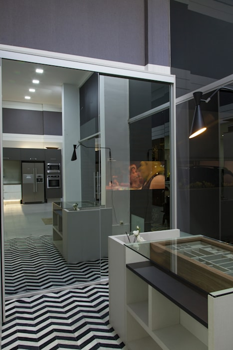 Armário Despensa: Cozinha  por Studio²