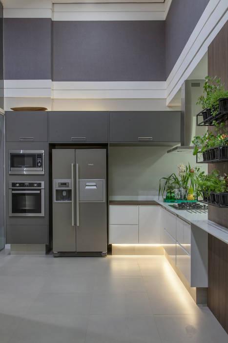 Modern kitchen by Studio² Modern