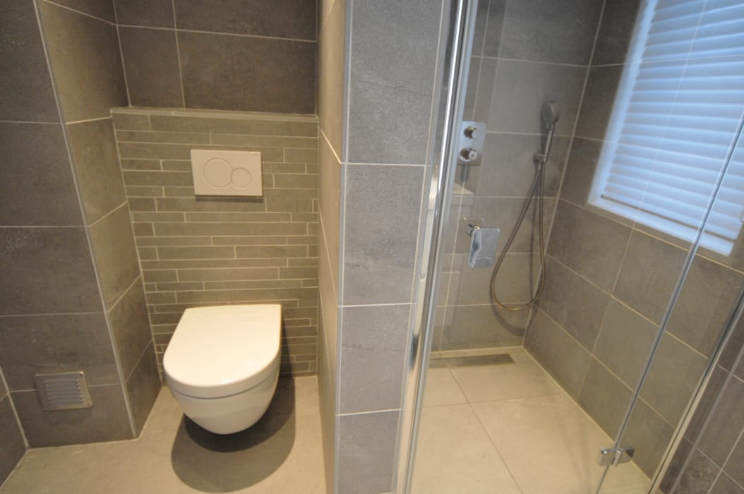 Modern bathroom by agz badkamers en sanitair homify