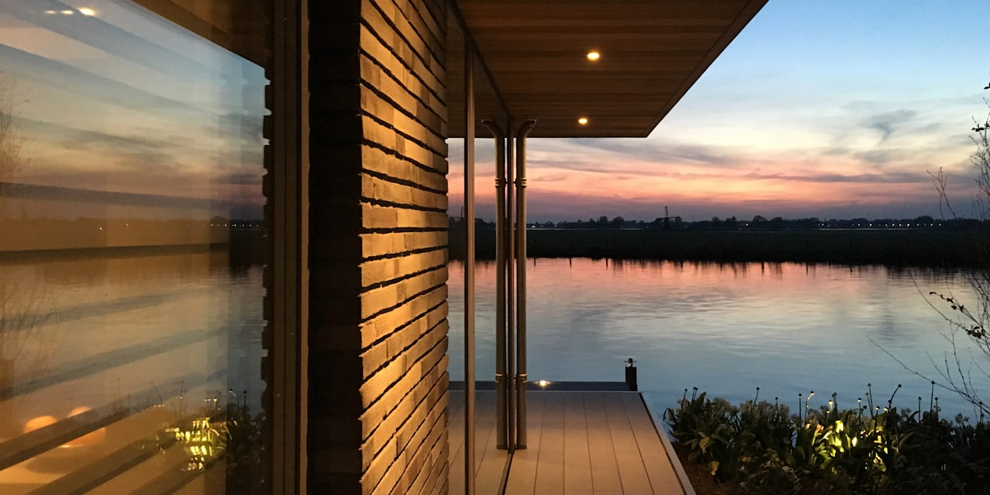 WATERVILLA RIJPWETERING DENOLDERVLEUGELS Architects & Associates Moderne huizen