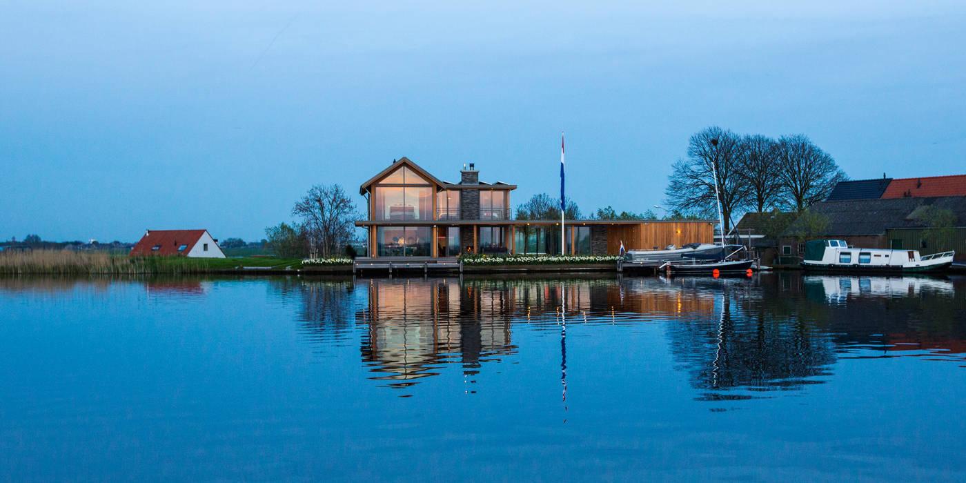 WATERVILLA RIJPWETERING DENOLDERVLEUGELS Architects & Associates Moderne huizen