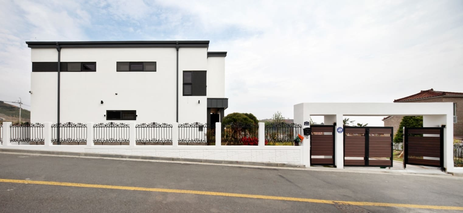 Rumah Modern Oleh 윤성하우징 Modern