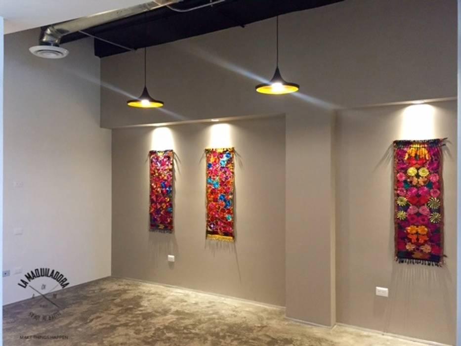 Geschäftsräume & Stores von La Maquiladora / taller de ideas, Industrial